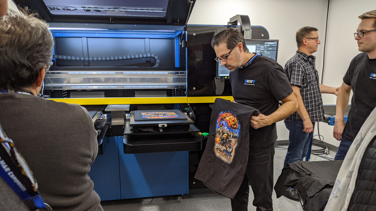 M&R's Maverick DTG printer as it prints t-shirts.