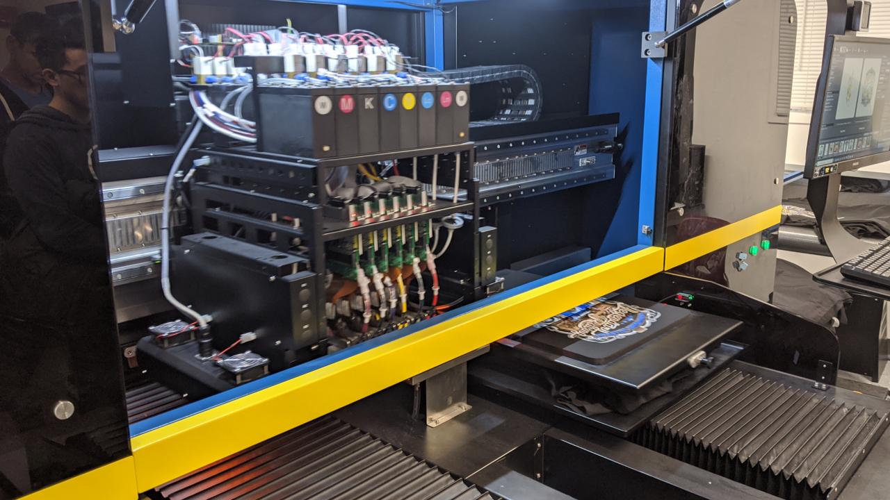 The guts of the M&R Maverick DTG printer