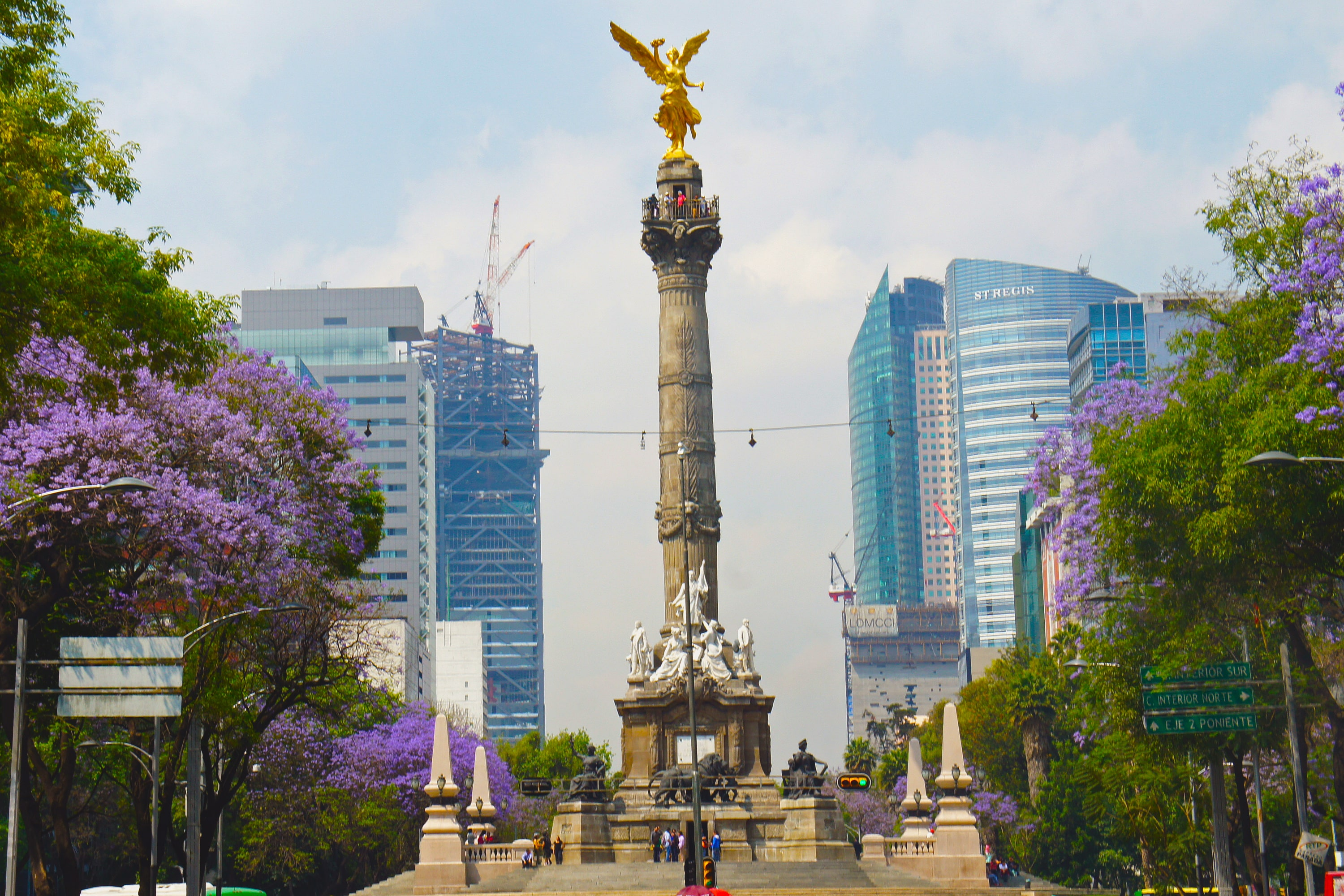 Seeing el angel de la indepencia is what to do in Mexico City