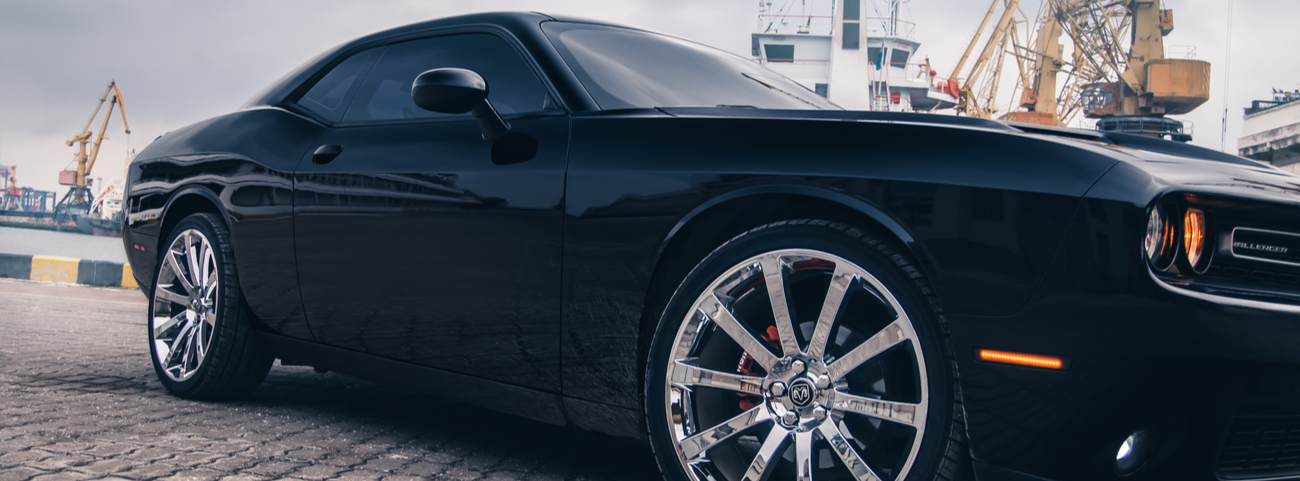 Dodge-Challenger-2021-Ford-Mustang-2021