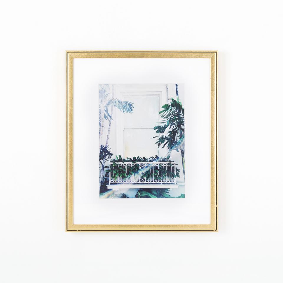 dorado, metallic gold picture frame