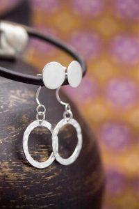 Textured washer swoop earrings