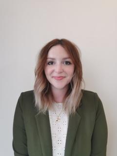 Author Profile Image: Fiona Peake