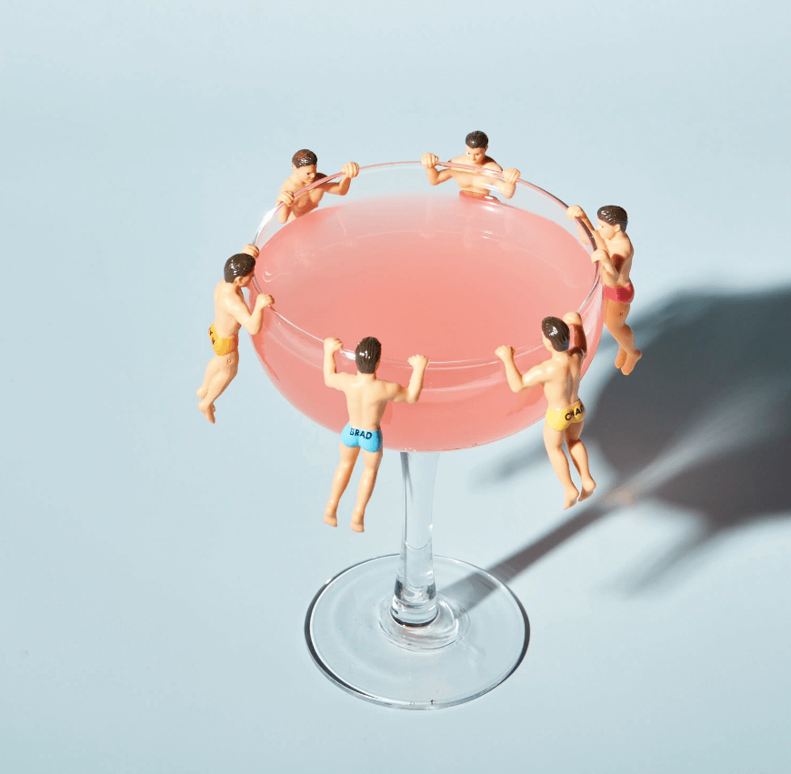 Boozing While Losing: 5 Cocktails That Won't Destroy Your Summer Body