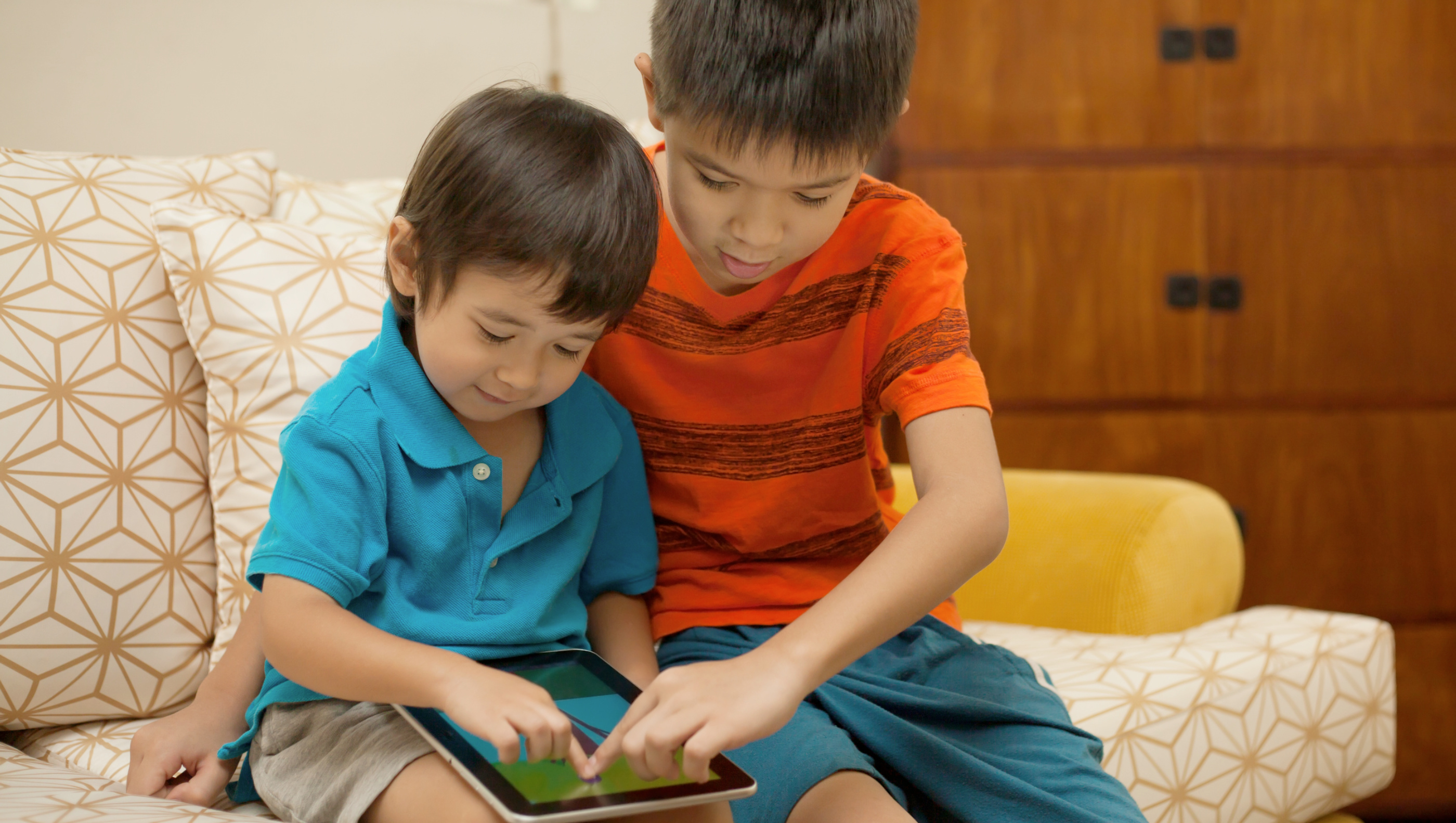 Screen Smart Families: Tips for Internet Safety at Home