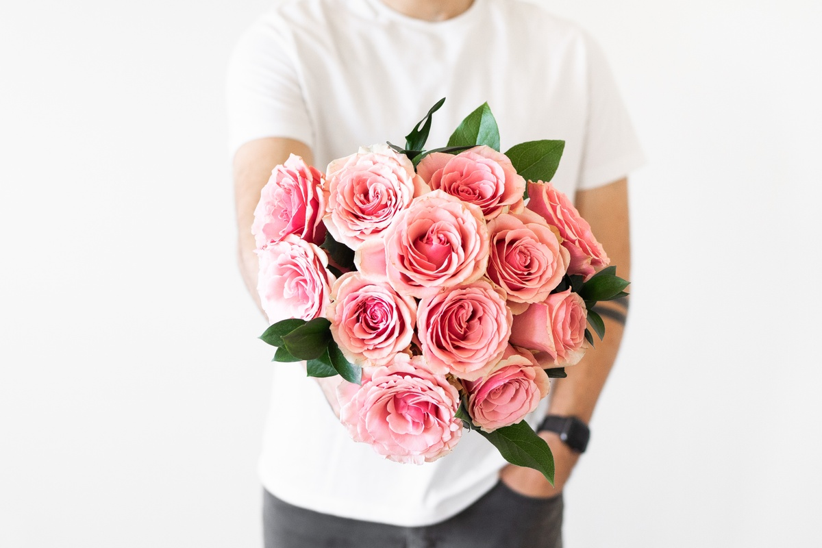 Are Pink Roses Romantic?