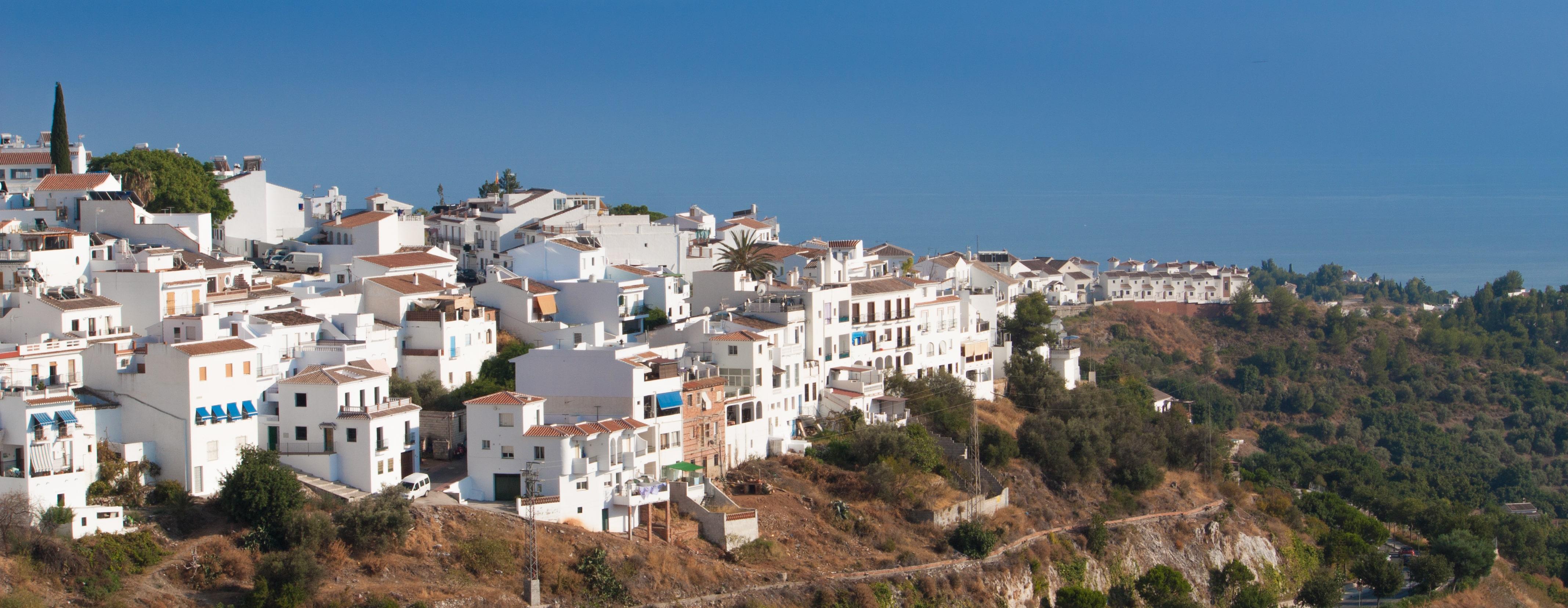 Where to stay in Spain for Mediterranean beauty? Frigiliana