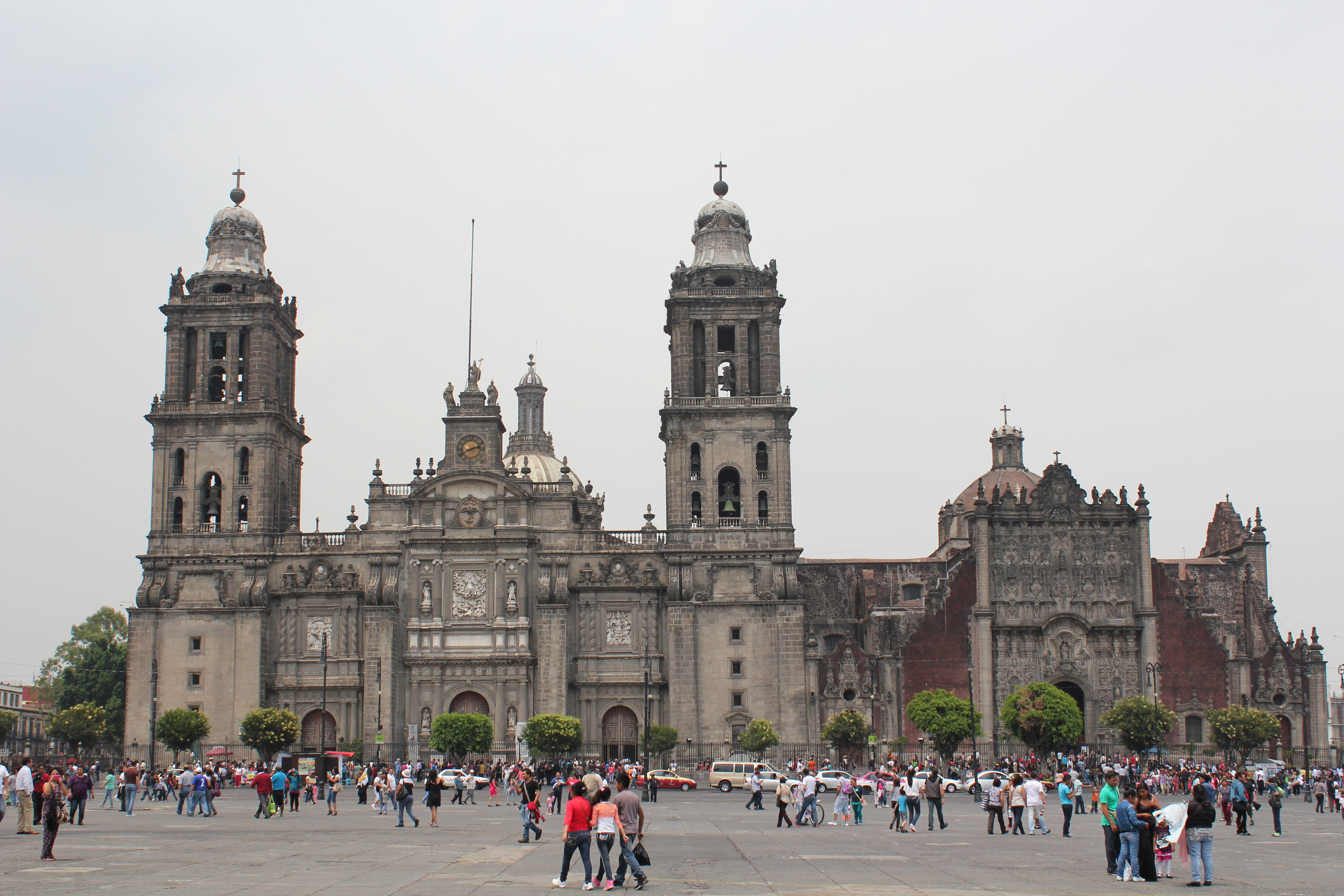 Catedral Metropolitana is one of the best Mexico City landmarks